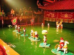 Hanoi street food water puppet show tour